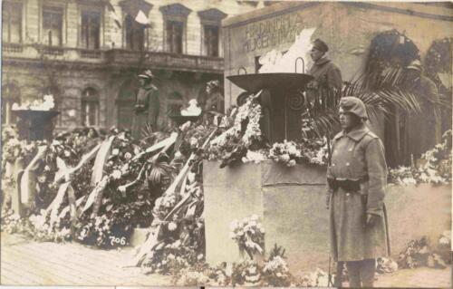 Fotografija iz albuma Pakračanina Luje Šnedorfa nastalog za vrijeme njegovog služenja u austrougarskoj  vojsci tijekom Prvog svjetskog rata