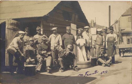 Fotografija iz albuma Pakračanina Luje Šnedorfa koji je nastao za vrijeme njegova služenja u austrougarskoj vojsci tijekom Prvog svjetskog rata